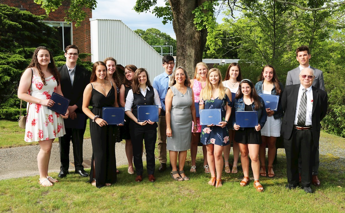 South County Health awards scholarships to 18 high school grads