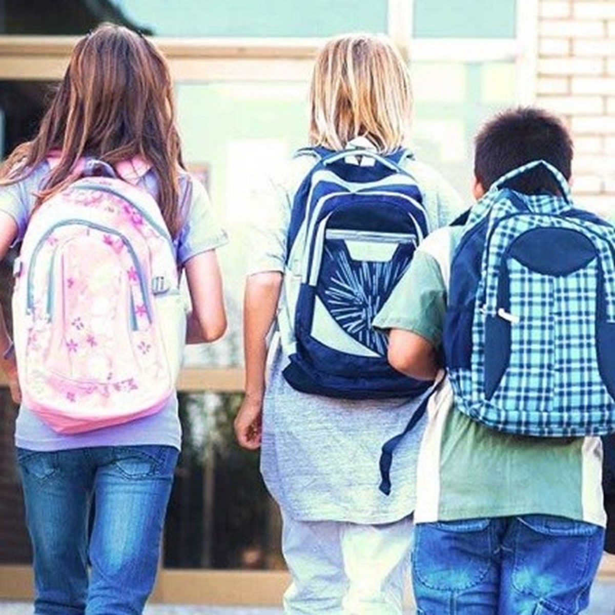Weigh your backpack before heading off to school
