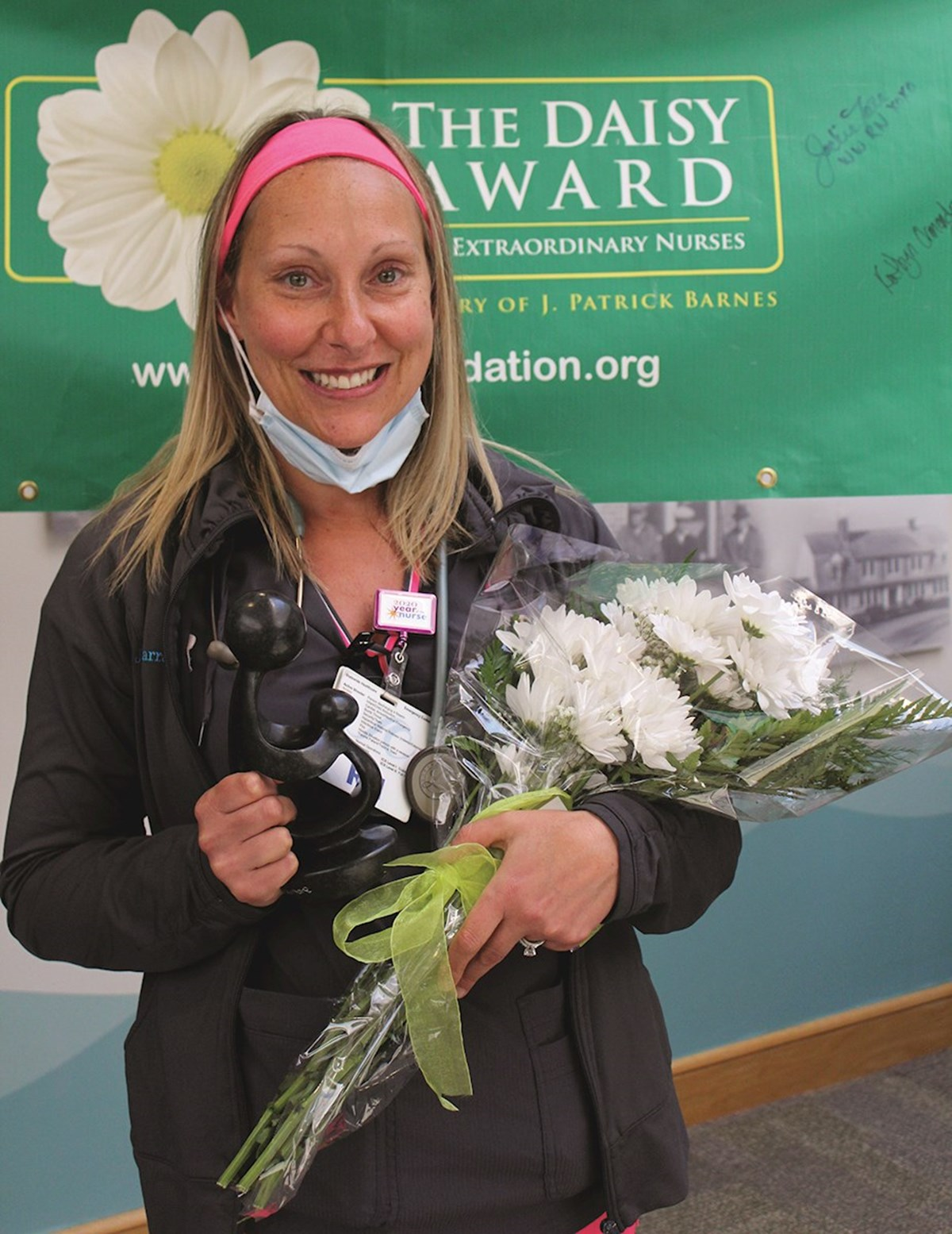 Three nurses receive DAISY Award for excellent care