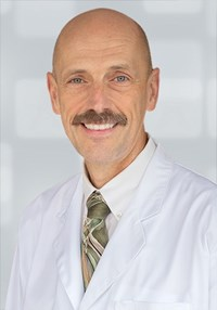 Portrait of Russell Berscheid, MD, CCFP (EM), FCFP
